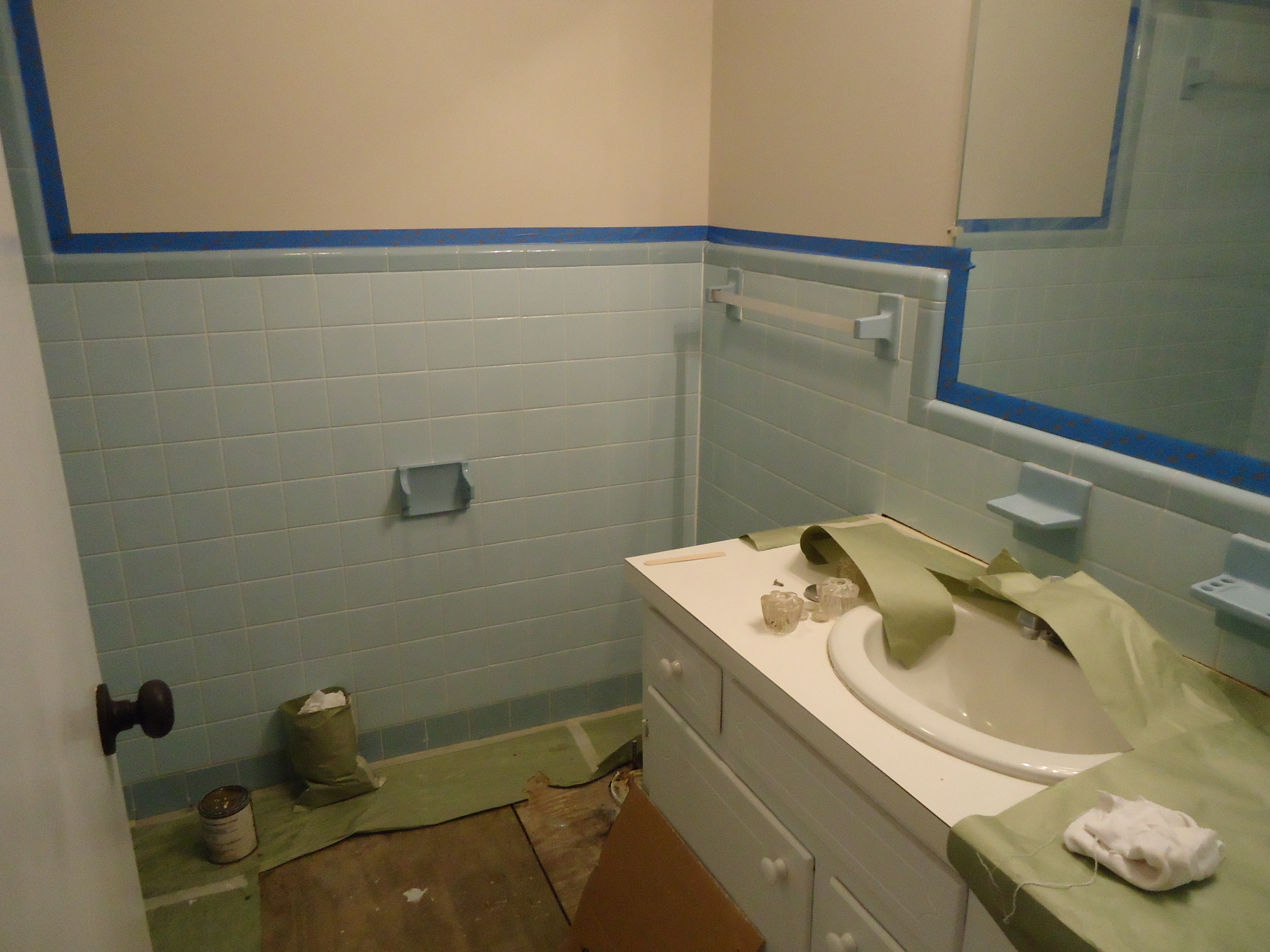 Bathroom remodeling first choice refinishers first - Renovating a bathroom what to do first ...